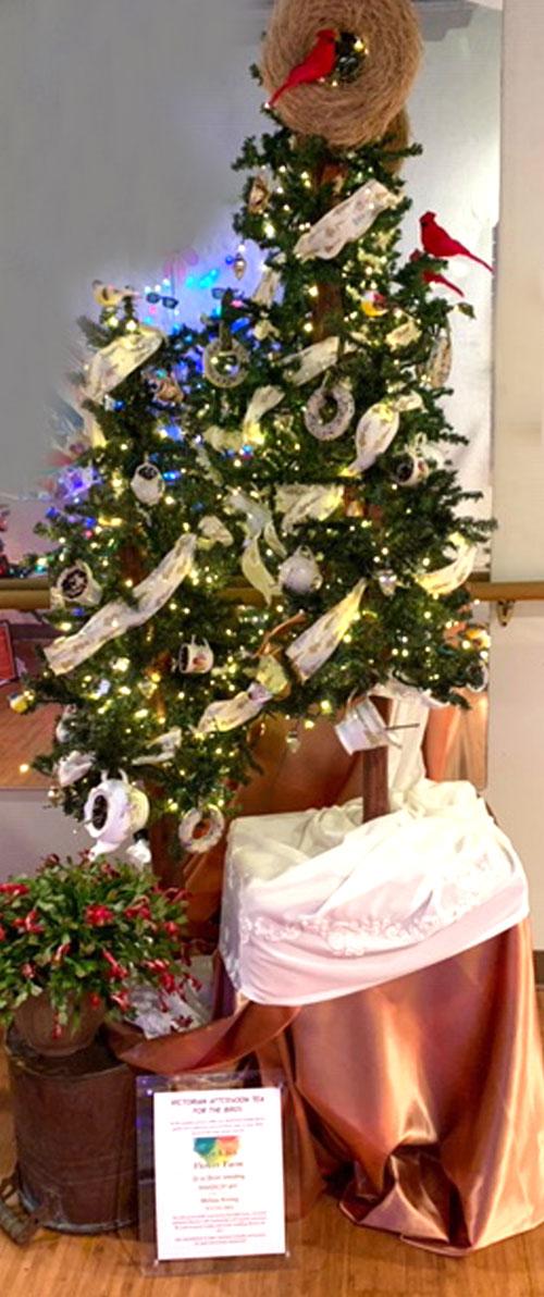 Wye Knot Flower Farm Holiday Tree